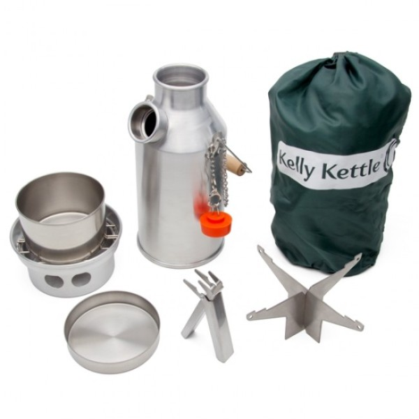 The Kelly Trekker kettle and the kit they supplied me.